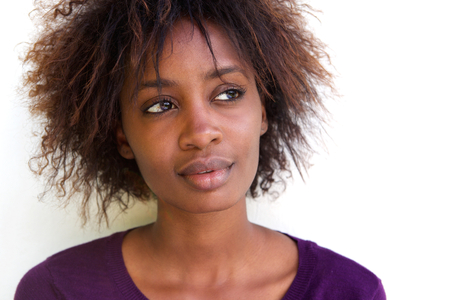 Close up Porträt einer schönen Gesicht der afrikanischen Frau