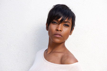 Close up portrait of beautiful african american female model with modern hairstyle Imagens