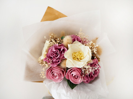 mulberry paper: Mulberry-Paper Florals and dried natural elements in bouquet Stock Photo