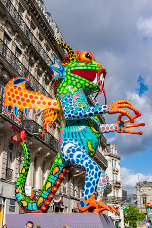 Lille, FRANCE-May 04,2019: Colorful figures on the streets of Lille.Parade opens the fifth season of Lille 3000. Stock Photo - 123061001