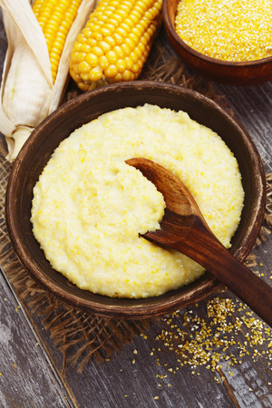 mais: Fresh corn meal in the plate on the table Stock Photo