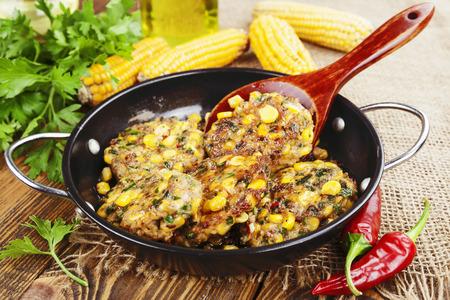 maiz: Corn pancakes with minced meat on the table Foto de archivo