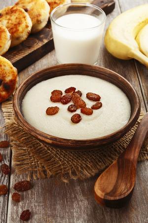 semolina: Semolina porridge and cheese pancakes with raisins. Breakfast
