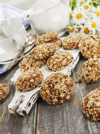 Oatmeal cookies with raisins, peanuts and flax seeds