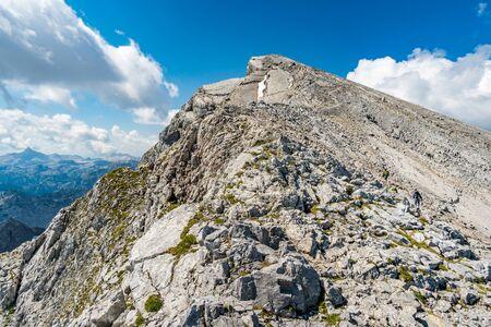 Belle randonnée en montagne sur le Watzmann dans les Alpes de Berchtesgaden