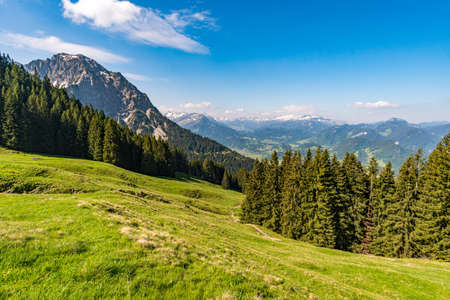 Deinenkopf crossing with a fantastic panoramic view of the Upper and Lower Gaisalpsee and the Allgau Alps