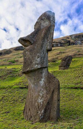 Moai Statues on Easter Island at the Rano Raraku Quarry. Archivio Fotografico