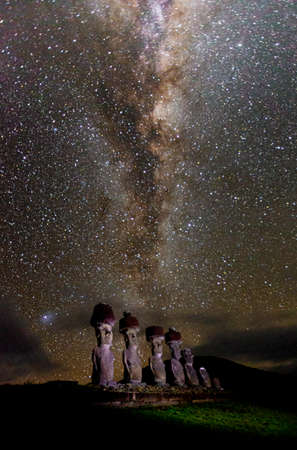 Moai under milky way on easter island. Stok Fotoğraf