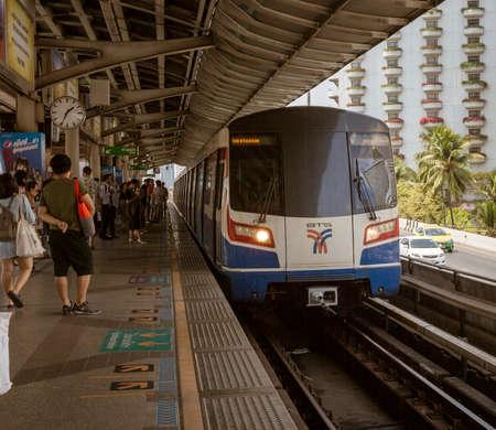 Bangkok, Tahiland - 2019-03-04 - Sky Tain Light Rail Train Arrives in Station.