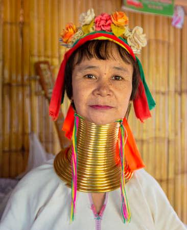 Bangkok, Tahiland - 2019-03-03 - Karen Long Neck Woman In Portrait Editöryel