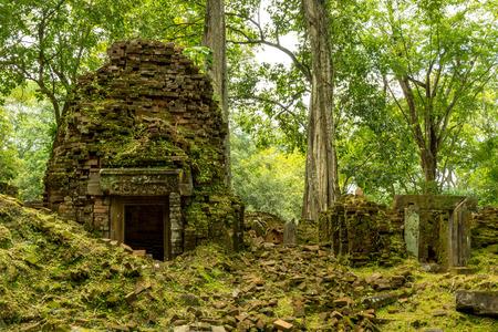 siem reap: Koh Ker Temple, Siem Reap Cambodia Sep 2015.
