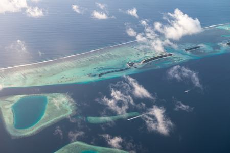 Above views for Luxury Resort in Maldives 写真素材 - 122497442