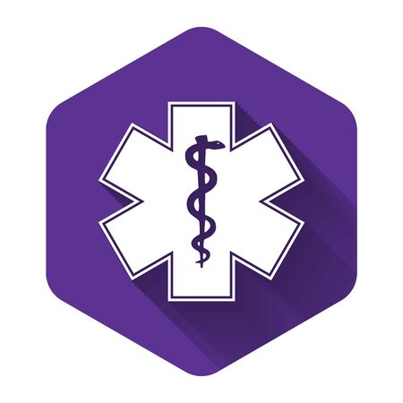 White Medical symbol of the Emergency - Star of Life icon isolated with long shadow. Purple hexagon button. Vector Illustration Çizim