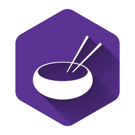 White Bowl with asian food and pair of chopsticks silhouette icon isolated with long shadow. Concept of prepare, eastern diet. Purple hexagon button. Vector Illustration Stok Fotoğraf - 132125350