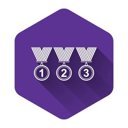 White Set Medal icon isolated with long shadow. Winner simbol. Purple hexagon button. Vector Illustration 向量圖像