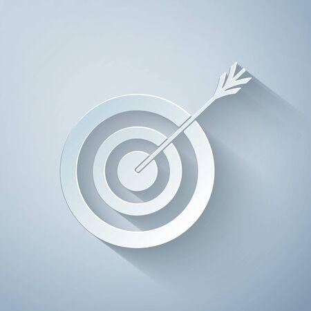 Scherenschnitt Ziel mit Pfeilsymbol auf grauem Hintergrund isoliert. Dartboard-Zeichen. Bogenschießen-Board-Symbol. Dartboard-Zeichen. Geschäftszielkonzept. Stil der Papierkunst. Vektorillustration