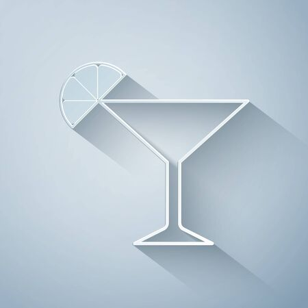 Paper cut Martini glass icon isolated on grey background. Cocktail with lime symbol. Paper art style. Vector Illustration 向量圖像