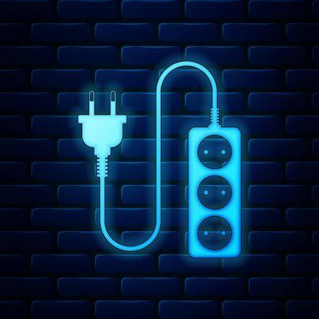 Icône de rallonge électrique au néon lumineux isolé sur fond de mur de briques. Prise de courant. Illustration vectorielle Vecteurs