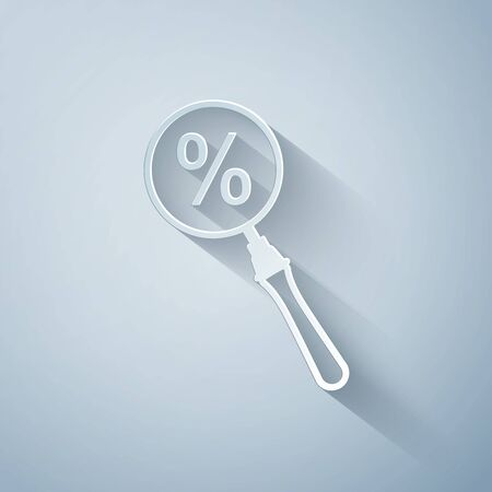 Paper cut Magnifying glass with percent discount icon isolated on grey background. Discount offers searching. Search for discount sale sign. Paper art style. Vector Illustration Иллюстрация