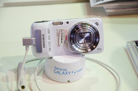 samsung galaxy: Bangkok, Thailand - February 14, 2014  Samsung Galaxy s4 zoom at Thailand Mobile Expo 2014 ,Exhibition of Mobile, Information and Communication Technology on February 14-16, 2014 in Bangkok,Thailand