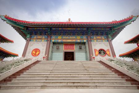 nontaburi: Travel Beautiful chinese temple named Dragon Temple Kammalawat or Wat Lengnoeiyi in Nontaburi, Thailand