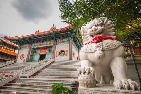 lengnoeiyi: Travel Beautiful chinese temple named Dragon Temple Kammalawat or Wat Lengnoeiyi Landmarks Public place in Nontaburi, Thailand Editorial