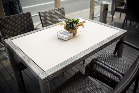 cafe table: Fine Free cafe Table Setting With Bouquet