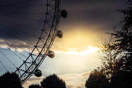 Detail of the famous tourist attraction London Eye at sunset 写真素材 - 119239325