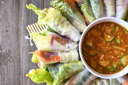 vegetable fresh spring roll ready to eat