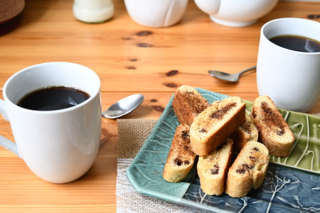 coffee with mundel bread