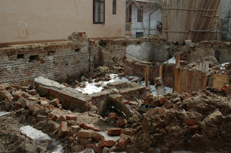 bombardment: remained after destruction the house costs and collapses Stock Photo