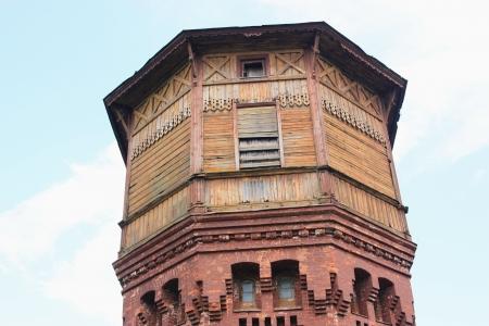 wody wieży: Drewniana wieża ciśnień