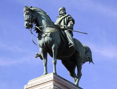 garibaldi: Milan statue of Garibaldi