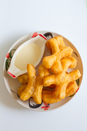 patongkoh: Chinese deep fried dough with milk ,Patongko