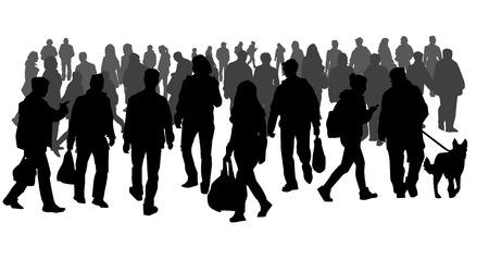 Silhouetten van mensen lopen op straat
