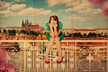 pin up vintage: collage arte con la giovane e bella donna, modello d'epoca