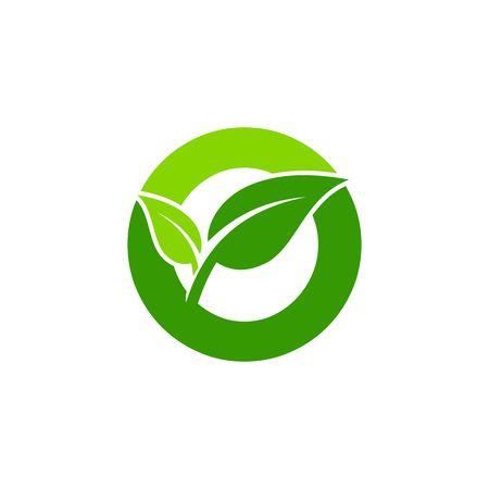 concept de lettre O, symbole de feuille verte de nature, initiales conception icône O