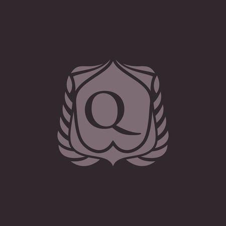 Q letter emblem