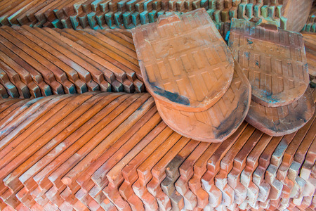 roof ridge: red tiles roof