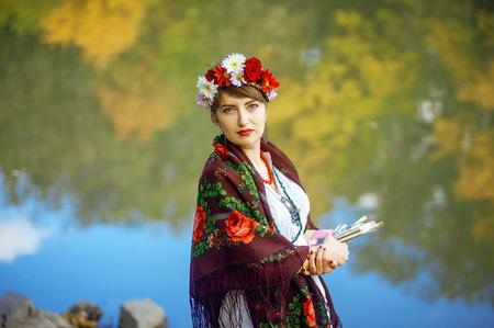 eloquent: Russian folk woman artist