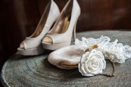 bridal: bridal accessories