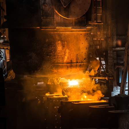 ferrous foundry: Tank pours the liquid steel in the forms