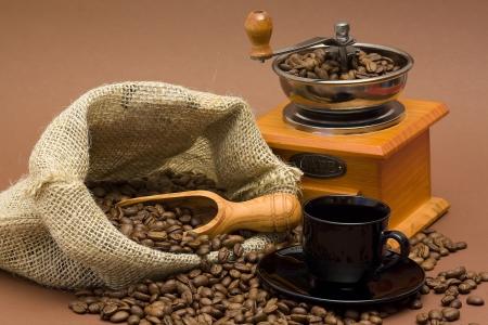 Les haricots et le café broyeur Banque d'images - 15328021