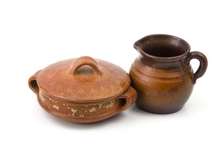 ollas de barro: Las ollas de barro, viejos jarrones de cerámica Foto de archivo