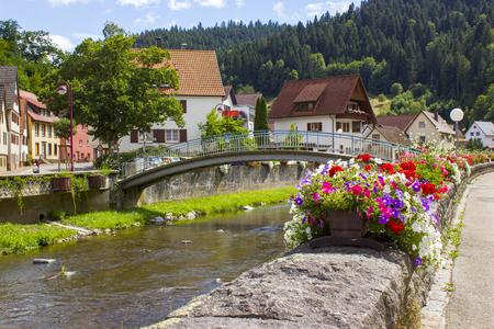 Beautuful Schiltach im Schwarzwald, Deutschland Standard-Bild