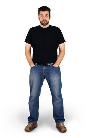 sıska: Kameraya bakarak uzun boylu adam Komple vücut vurdu, gerçek sıradan orta yaşlı sakallı beyaz adam, aktör ya da düzenli Joe olabilir. Stok Fotoğraf