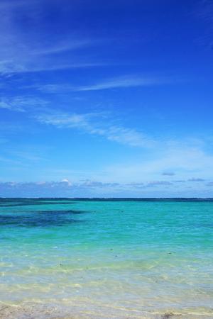 Paradise blue sea and sky, vertical, copy space Stock fotó