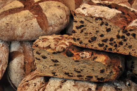 fayre: Fresh, rustic loaves of bread