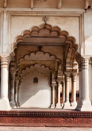 uttar: Arch of Diwan I Am, Hall of Public Audience in Red Agra Fort. Agra, Uttar Pradesh, India Stock Photo