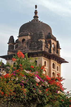 dome of hindu temple: Temples built along the Kanchan Ghat of the river Betwa in Orchha.  Madhya Pradesh. India